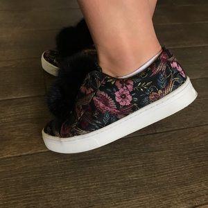 Sam Edelman Leya Jacquard Pom Pom Sneakers